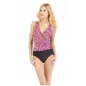 Christina •pink black geo print one piece swimsuit